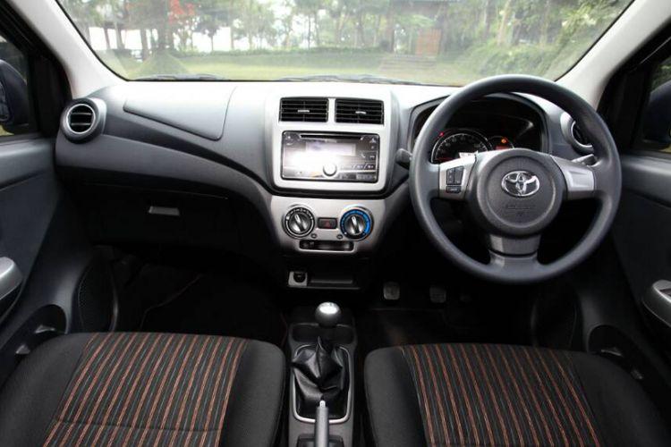 Interior New Astra Toyota Agya