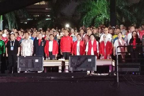 Di Hadapan Jokowi-JK, Tulus dan Dira Sugandhi Persembahkan Manusia Kuat