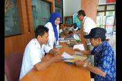 Terima Pengaduan, PNS Kecamatan Jalankan Tugas Baru dari Anies-Sandi