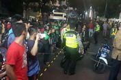 Beton MRT yang Jatuh di Kebayoran Mengenai Pengendara Moto   r