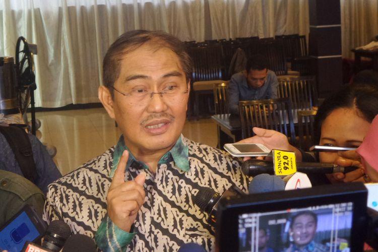 Ketua Ikatan Cendekiawan Muslim Indonesia (ICMI), Jimly Asshiddiqie seusai acara diskusi di bilangan Menteng, Jakarta Pueat, Sabtu (15/7/2017).