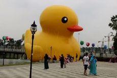 Bebek Kuning Raksasa, Ini Ikon Baru Meikarta!