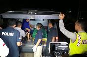 Mereka yang Gugur karena Ledakan Bom di Kampung Melayu...