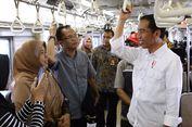 Saat Jokowi Naik Comm   uter Line...