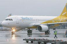Paksa Pria Lumpuh Merangkak di Tangga Pesawat, Maskapai Minta Maaf