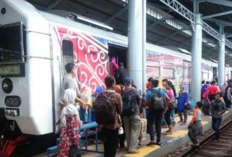 Ini Rute KA Lokal dan KRL Gratis pada 17 Agustus 2017