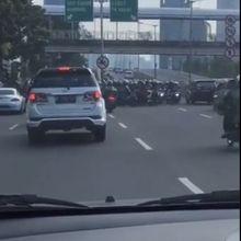 """Teror """"Biker"""", Lawan Arus di JLNT Kampung Melayu-Tanah Abang"""