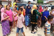 'Kami Mau Nengok Mukanya Anak Pak Jokowi, Ternyata Cantik...'