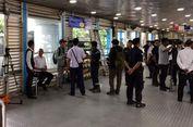 Penumpang Transjakarta di Halte Kampung Melayu Masih Deg-degan