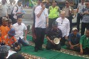 Menhub dan Menteri PUPR Ajak Sopir Bus Makan Nasi Kebuli