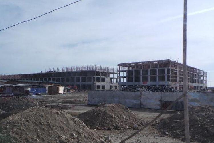 Pembangunan di Pulau D, Teluk Jakarta. Foto diambil pada Rabu (4/5/2016).