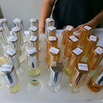 Parfum yang dijual di Collector Parfum, toko parfum yang telah lama dikenal warga Kota Bandung.