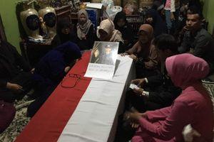 Bripda Taufan, Polisi yang Gugur dalam Ledakan Bom Kampung Melayu Dimakamkan di TPU Pondok Ranggon