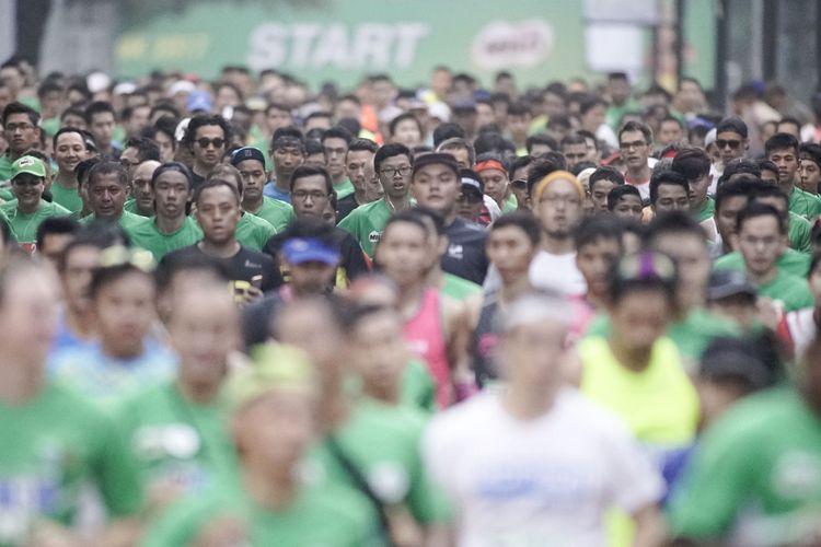 Ribuan peserta maraton mengikuti ajang MILO Jakarta International 10K pada Minggu, 23 Juli 2017 di Jalan HR Rasuna Said
