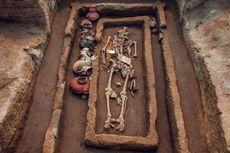 """Terkubur 5000 Tahun, Tulang """"Raksasa"""" Ditemukan di China"""