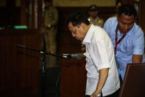 Adegan Drama Sidang Dakwaan Setya Novanto dalam Foto...