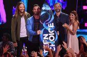 Maroon 5 Terima Decade Award di Teen Choice Awards 2017