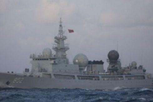 Kapal Laut Pengintai China Sedang Diamati dengan Seksama