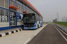 Ayo Jalan-jalan, Hari Ini Naik KRL dan Bus Transjakarta Gratis