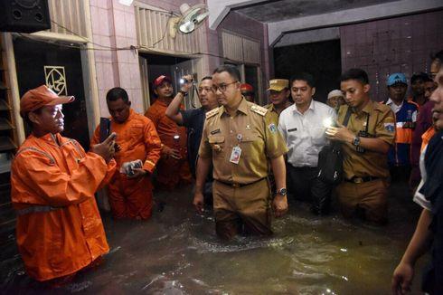 Kejutan-kejutan yang Diterima Anies Saat Tinjau Lokasi Genangan dan Banjir