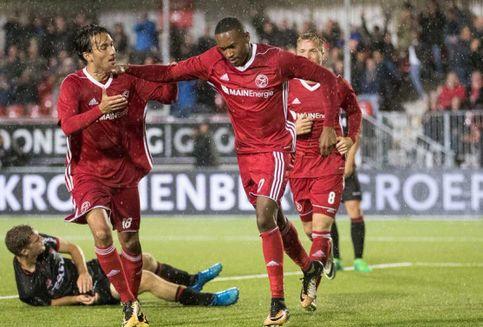 Ezra Walian Debut, Almere City FC Menang