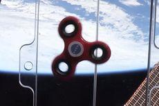 Fidget Spinner Berputar Lebih Lama di Luar Angkasa, Ini Penjelasannya