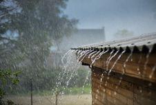 Kenapa Suara Hujan Bikin Kita Ngantuk?