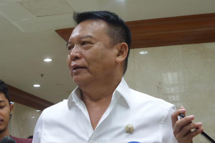 Wakil Ketua Komisi I DPR Tubagus Hasanuddin di Kompleks Parlemen, Senayan, Jakarta, Senin (23/10/2017).
