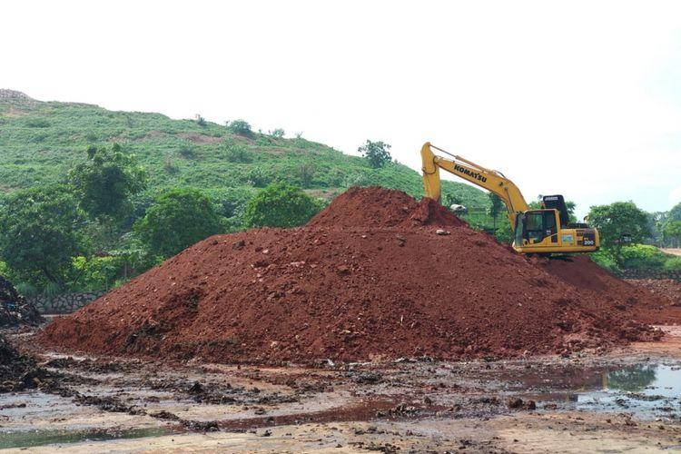 Wajah baru TPST Bantargebang, Jumat (10/11/2017). Tempat pengelolaan sampah tersebut mencoba beberapa perubahan setelah swakelola oleh pemprov DKI Jakarta, September 2016 lalu. Pembangunan ruang terbuka hijau salah satunya membantu merubah wajah TPST