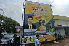 Foto Jokowi, Novanto dan Fahd dalam Baliho di DPP Golkar