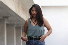 Nadine Waworuntu Sakit Hati Di-bully karena Video dengan Verrell