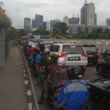 Solusi untuk Pembatasan Sepeda Motor dari Komunitas