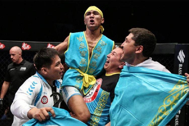 Petarung ONE Championship asal Kazakhstan, Kairat Akhmetov.