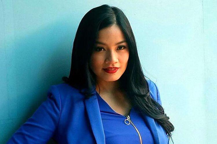 Titi Kamal ditemui sesudah mengisi sebuah acara televisi di kawasan Tendean, Jakarta Selatan, Selasa (12/9/2017).