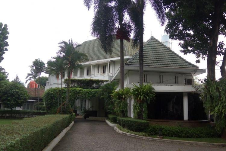Image result for rumah dinas gubernur