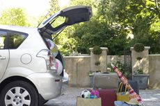 Libur Lebaran, Rental Mobil Panen Untung