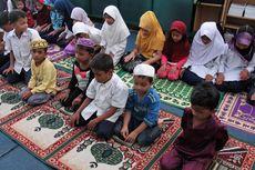 Kisah Perjuangan Sadek Ali Menyekolahkan Ratusan Anak Rohingya