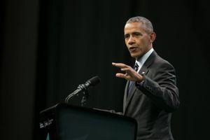 Barack Obama Kembali ke Dunia Politik