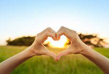 9 Kebiasaan yang Wajib Diterapkan untuk Menjaga Kesehatan Jantung