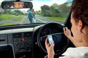 Angka Kecelakaan Akibat Main Ponsel Sengaja Dibikin Rendah?