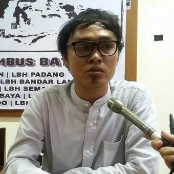 Peneliti Komisi untuk Orang Hilang dan Korban Tindak Kekerasan, Muhammad Ananto Setiawan, saat ditemui di Kantor LBH Jakarta Jl. Diponegoro, Jakarta Pusat, Senin (9/11/2015)