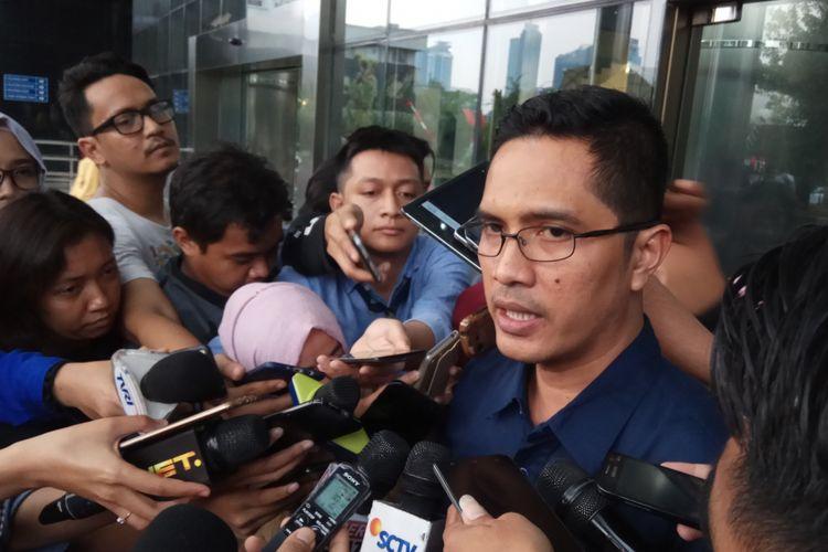 Juru Bicara KPK, Febri Diansyahmengatakan belum tahu sepenuhnya rencana Pansus Hak Angket KPK yang akan mempolisikan pimpinan lembaga anti-rasuah. Jakarta, Senin (4/9/2017).