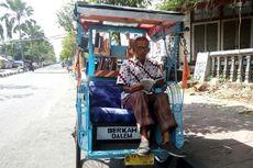 Kampanyekan Literasi, Sutopo Modifikasi Becaknya Menjadi Perpustakaan