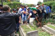 SOS: Sepak Bola Itu Hiburan, Bukan Tempat Pemakaman