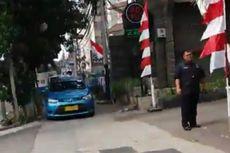Sopir Taksi Marah Tak Terima Ditegur karena Parkir di Trotoar, Blue Bird Beri Sanksi