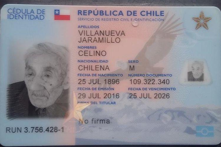 Kartu tanda pengenal milik Jaramillo menunjukkan dia sudah berusia 121 tahun.