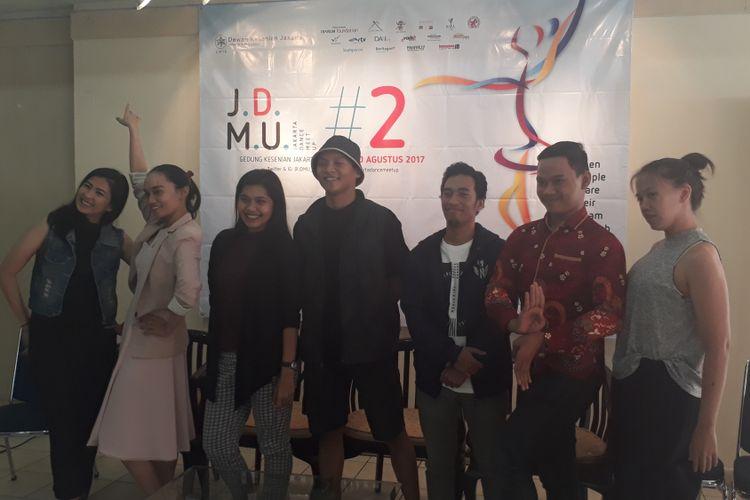Para koreografer muda dari berbagai komunitas tari di Jakarta ditemui di Galeri Cipta III, Taman Ismail Marzuki, Jakarta Pusat, Senin (28/8/2017).