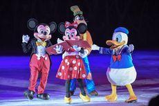 Serunya Menyaksikan Karakter Disney Berselancar di Arena Es