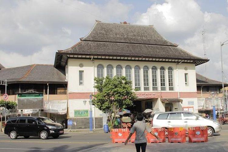 Suasana Pasar Gede Hardjonagoro, Solo, Jawa Tengah, Jumat (22/7/2016).