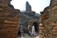 Pakistan Buka Situs Patung Buddha Tidur Berusia 1.700 Tahun